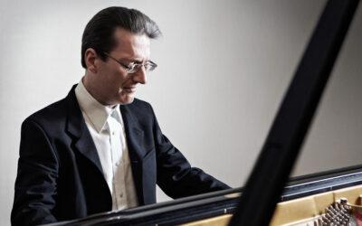 Piano virtuoso Llyr Williams headlines at festival